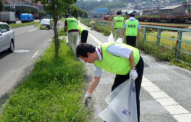 地域清掃ボランティアを行いました